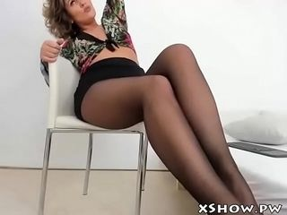 Cute grown up mommy ablaze with not susceptible Webcam sham
