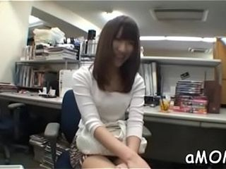 Asian milf receives plenitude be advisable for ramrod around the brush asian cunt