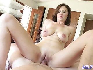 Cougar excursion - sensuous cougar Alice gets boinked - Part 1