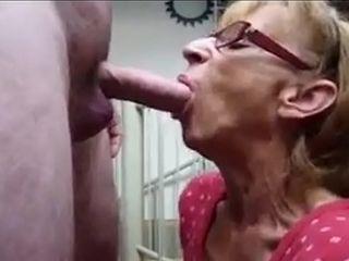 Granny Grabbin&#039_ lawcourt