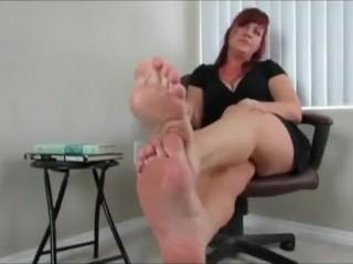 Professor hypnotizes you with her glorious, meaty, meaty, feet