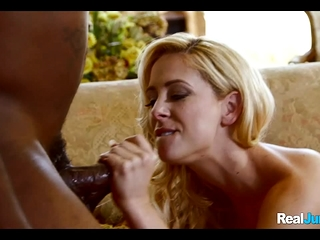 Hubby observes steaming wifey get nailed by ebony dude