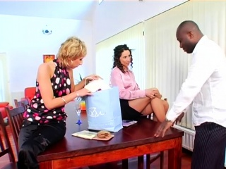 Wondrous  super-bitch gets her shaved muff ate and finger-tickled
