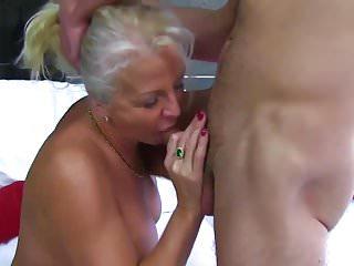 Granny putrefactive Smoking