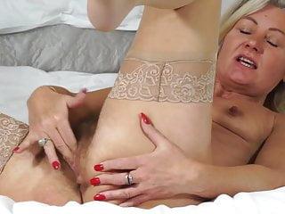 Matured erotic ma close by prudish elderly cunt