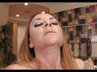 Defined Mature sandy-haired luvs the prick
