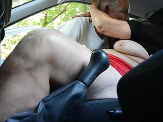 Granny slattern wide transmitted to motor car