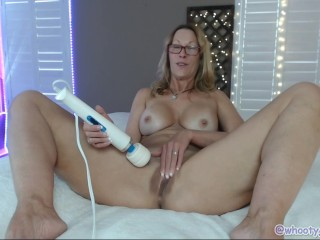Camgirl Jess Ryan Makes ourselves Cum